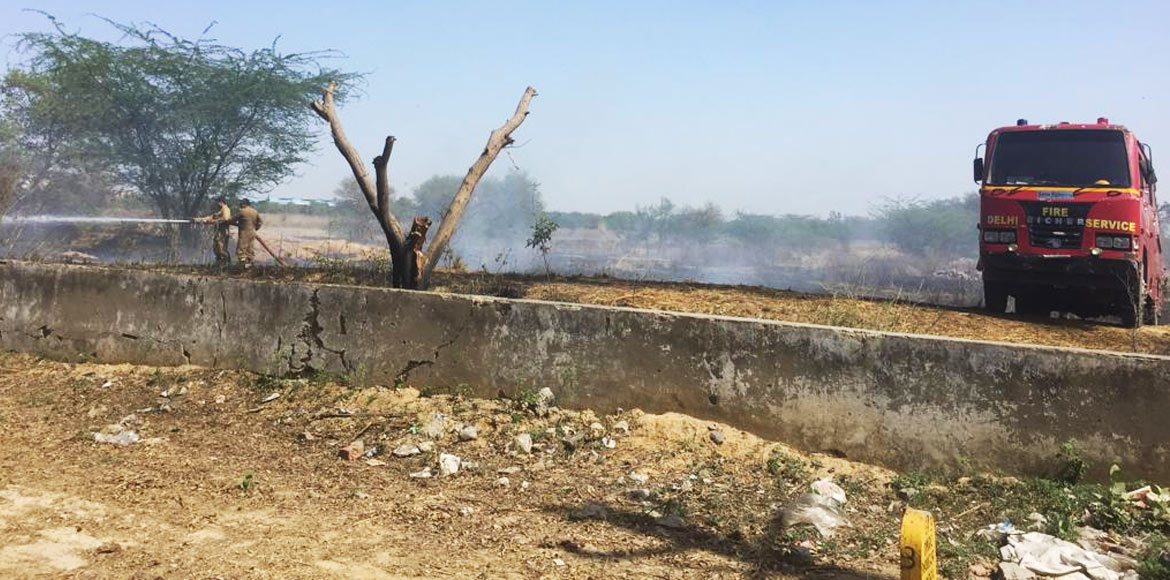 Burning of waste continues unabated in Dwarka