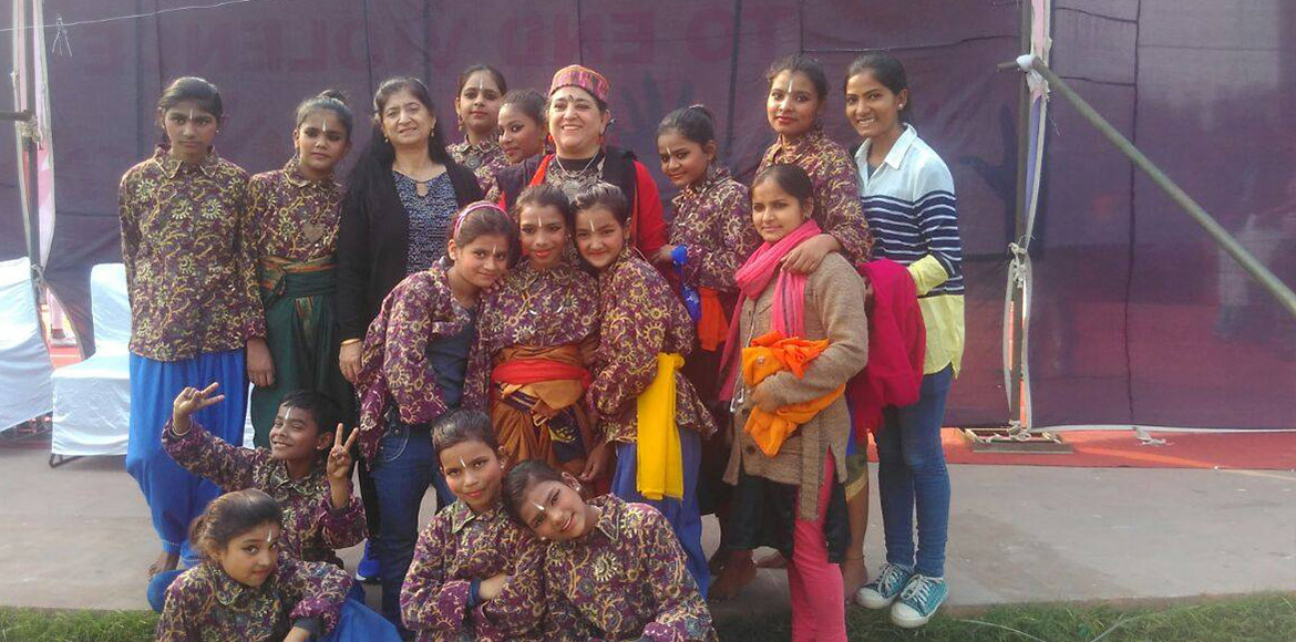 Women's Day Special: Ladies who work for underprivileged women, kids via SMS!