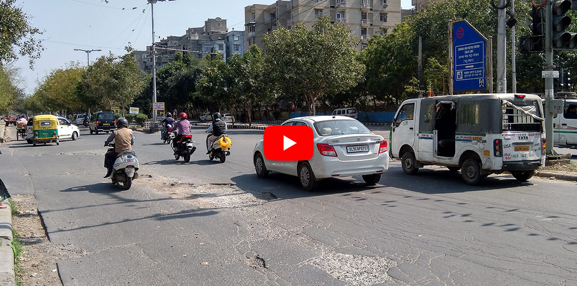 A master plan road in Dwarka that needs immediate attention! WATCH VIDEO