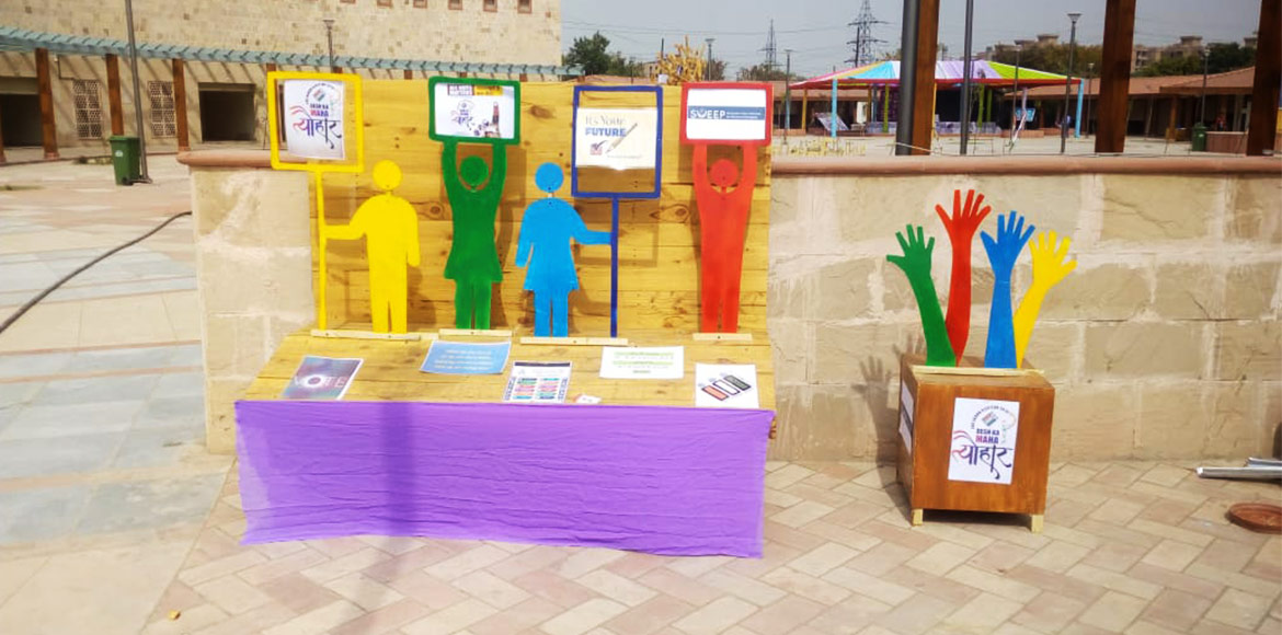 Noida: Election officer creates replica of polling booth to sensitise youngsters