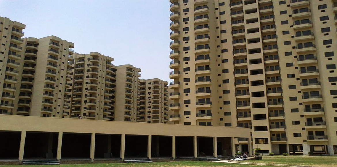 Gurugram Palm Grove Heights: RWA wants to take over maintenance from May 1