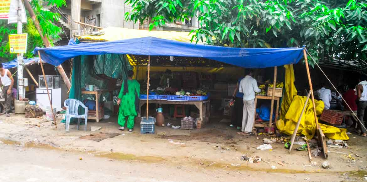 Encroachments become nuisance for Sec 119 residents; authorities 'busy'