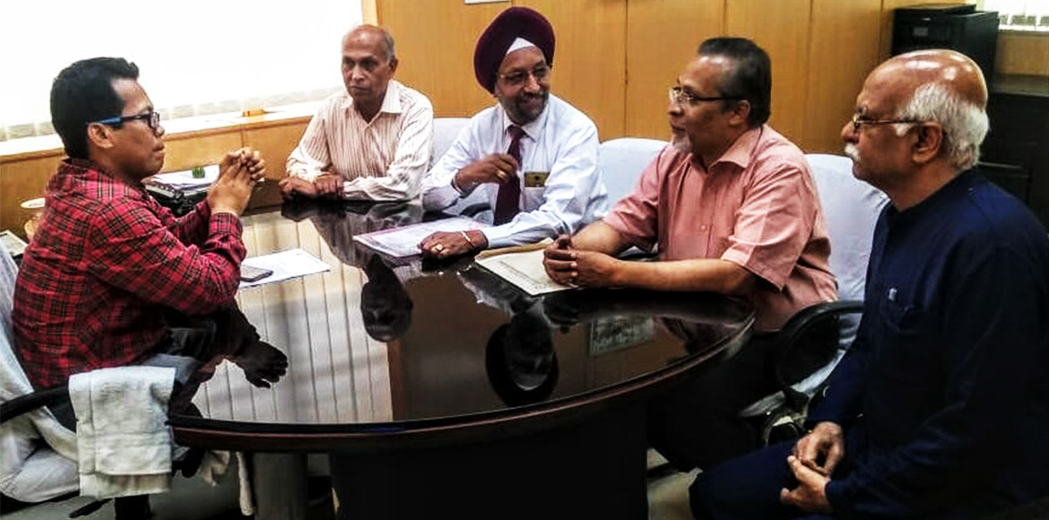 Members of Dwarka Forum governing body meet forest officer; discuss key issues