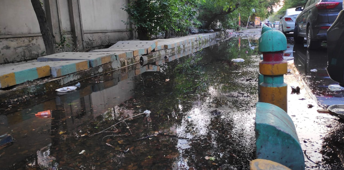 Huge water wastage in I'puram as broken pip