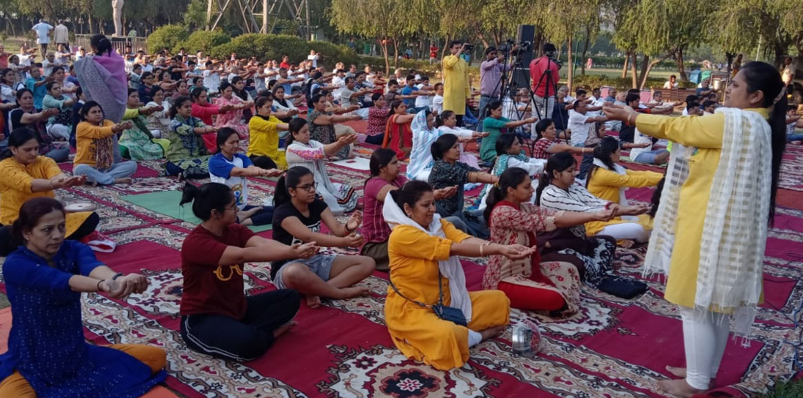 Jain Samaj organises yoga camp in Dwarka's Sector