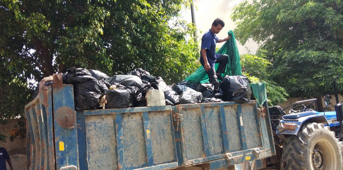 Mahindra Aura: Residents miffed with Ecogreen for not initiating services