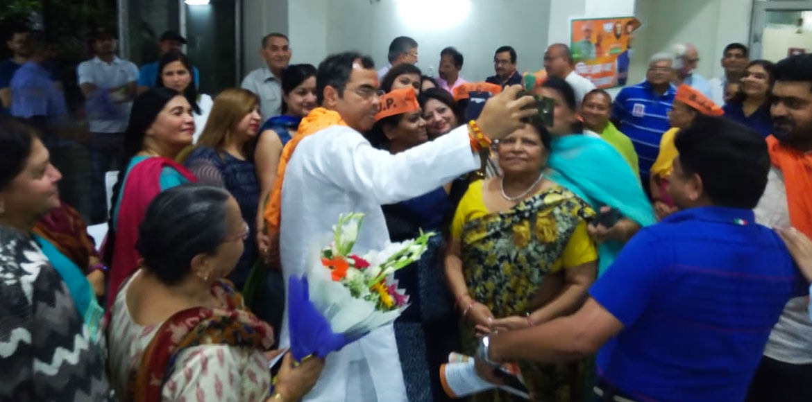 BJP candidate from West Delhi Parvesh Verma meets RWA members in Dwarka