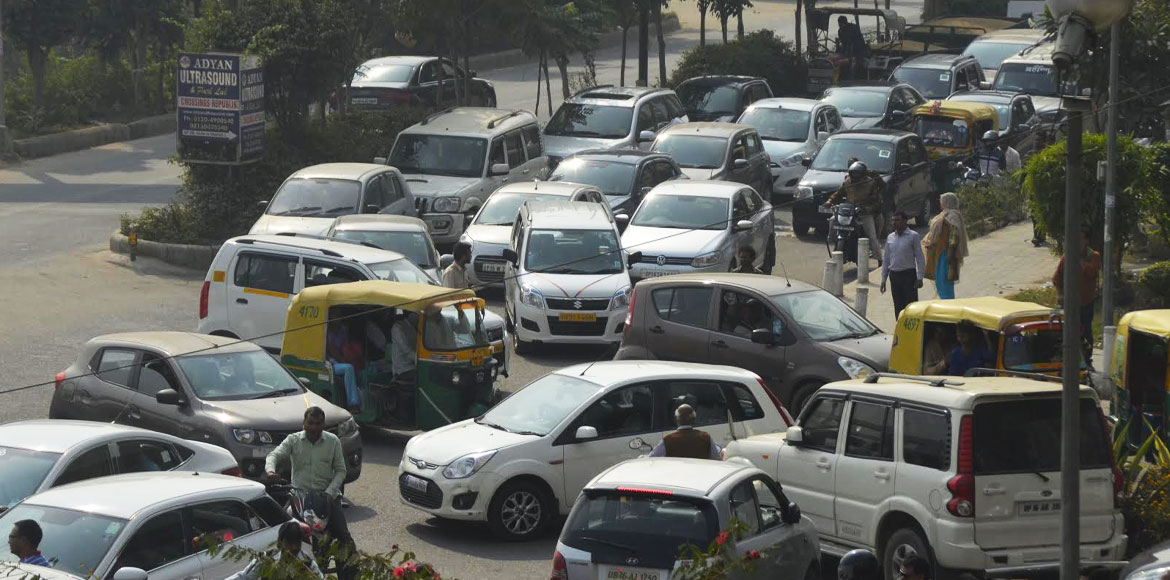 Ghaziabad police chalk out plan to streamline traffic in Indirapuram