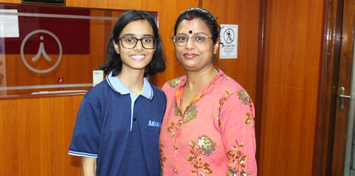 Dwarka: Girls come out with flying colours in CBSE