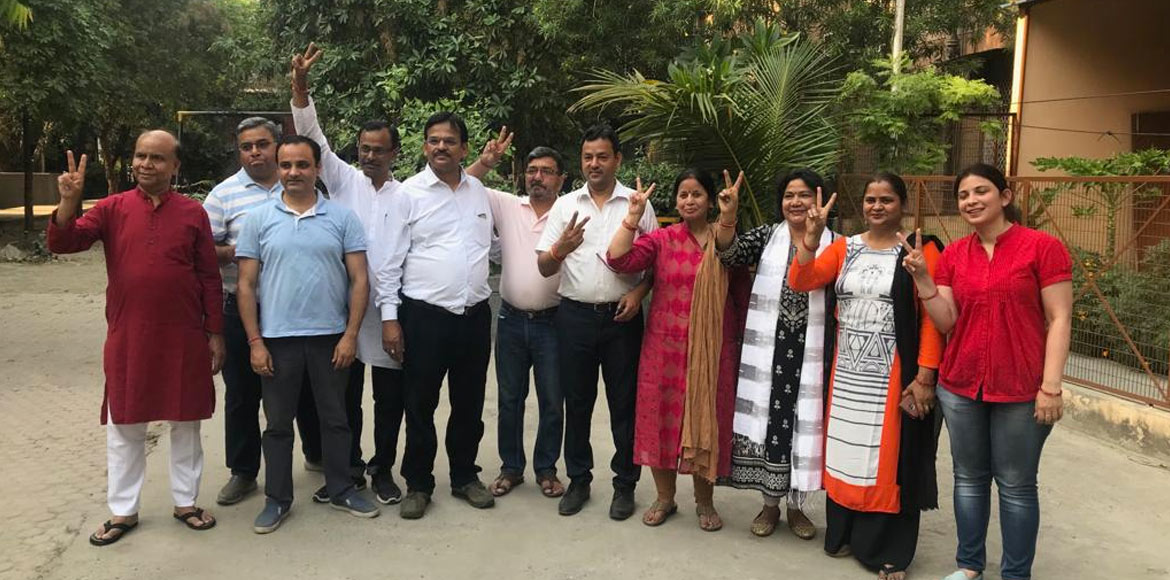 Noida: Residents of Rajat Vihar elect members for RWA board