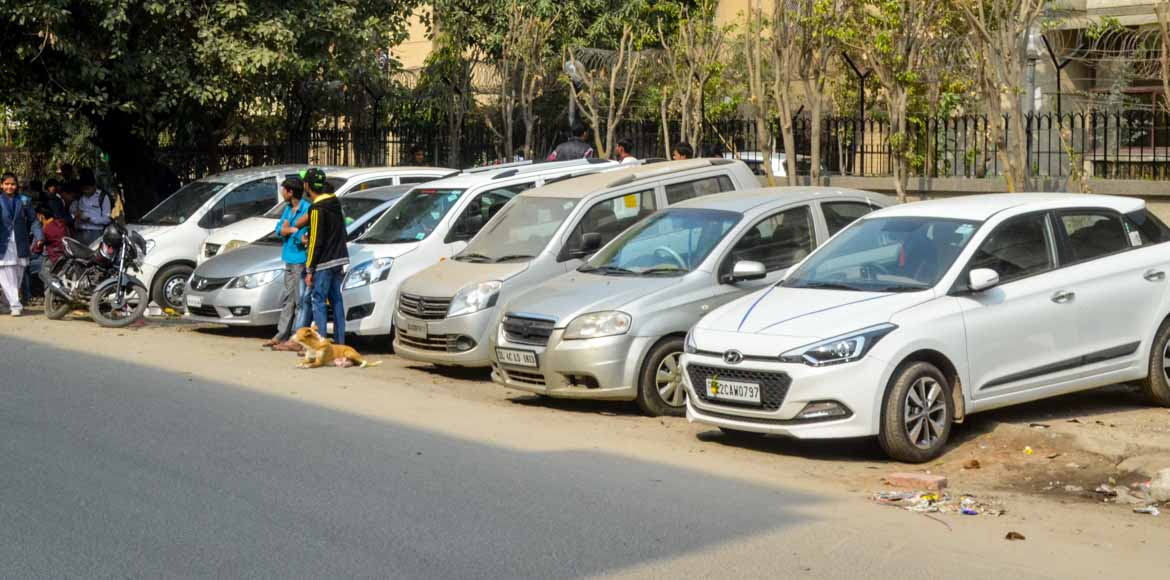 As elections draw close, Delhi govt notifies draft parking policy