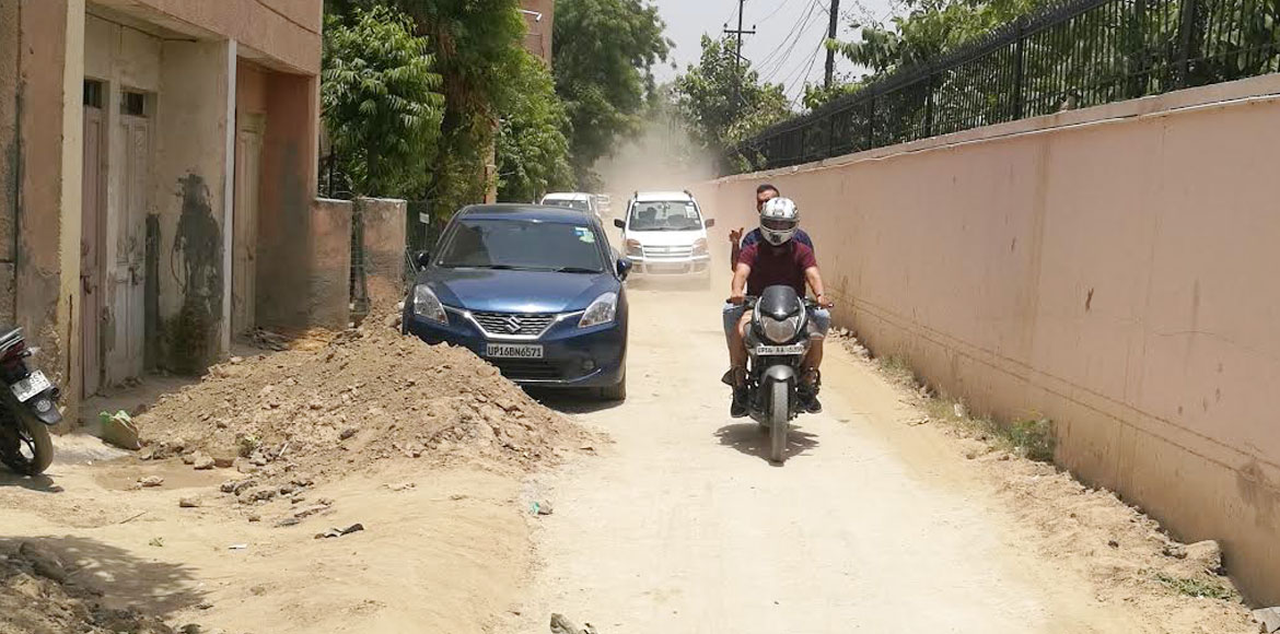 Noida: Abrupt halting of sewage line works causes chaos at Sec 21, 25