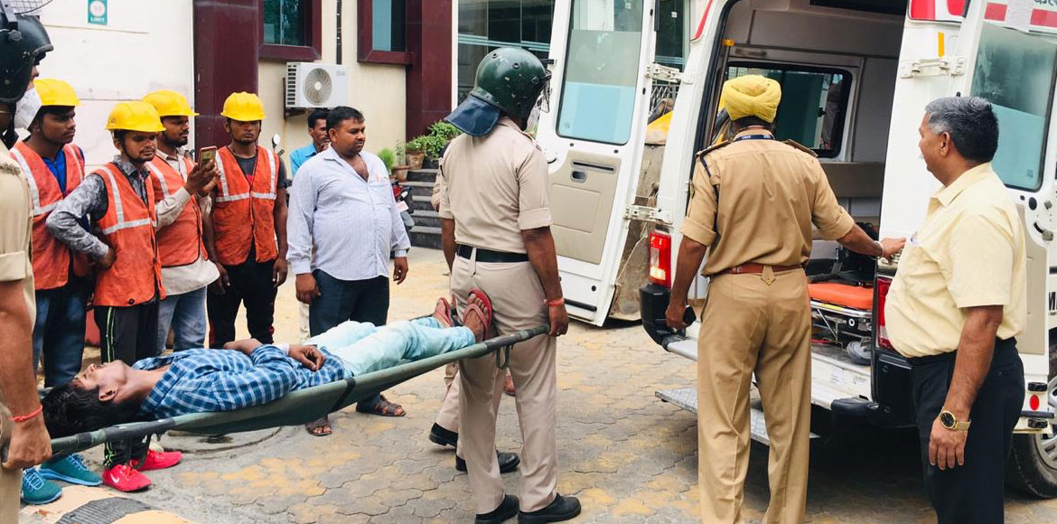 GB Nagar: Police conduct mock drill to acquaint people on earthquake relief ops