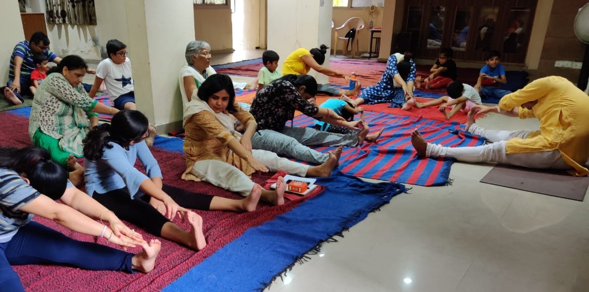 Dwarka: 'Internal Yoga Day' celebrated in Ganpati Apartment