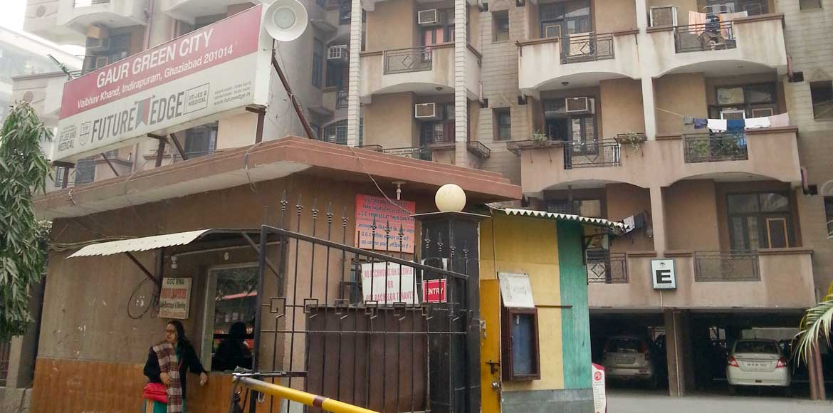 Gaur Green City: Hassled residents request restaurants to move its chimneys