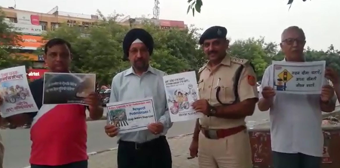 Dwarka forum along with traffic police sensitise p