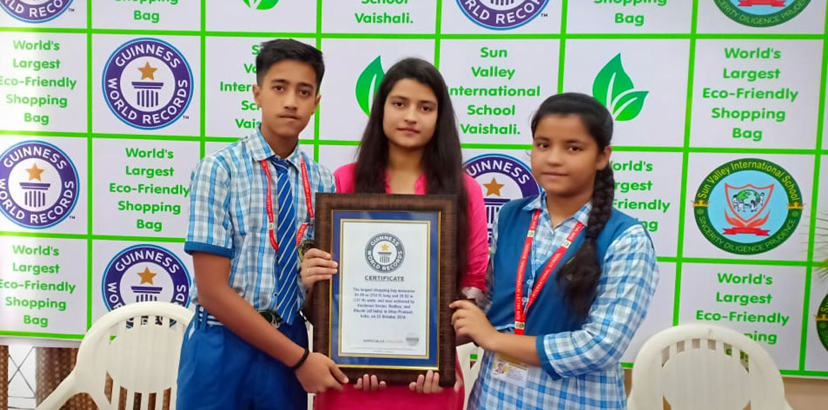 Ghaziabad trio of siblings set world record, create largest eco-friendly bag