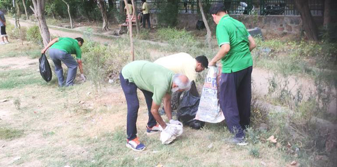 Dwarka residents clean park during weekly cleaning