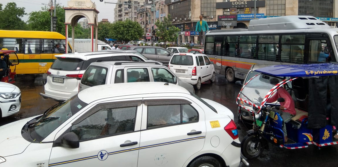 Minutes of rain causes traffic jam at Dwarka