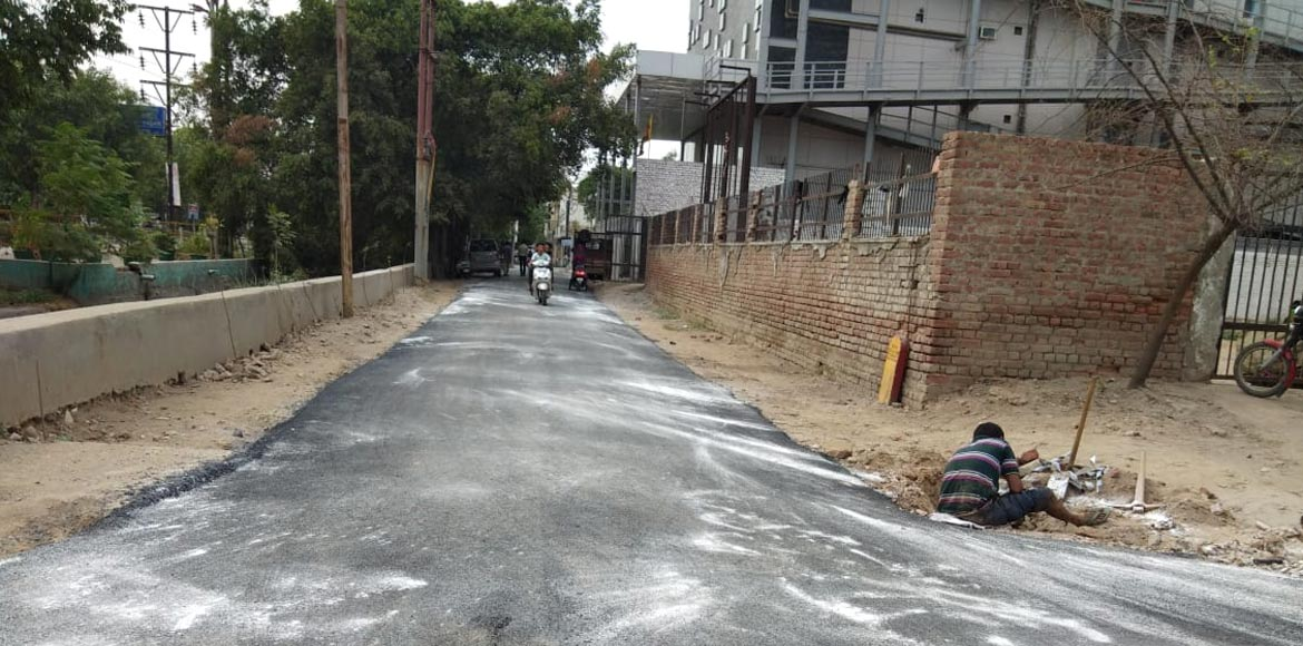 Ghaziabad's Sanjay Nagar gets 100-meter road made up of 'plastic waste'