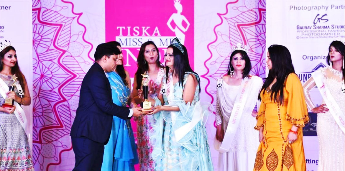 Mother of two from Indirapuram wins Mrs India crown