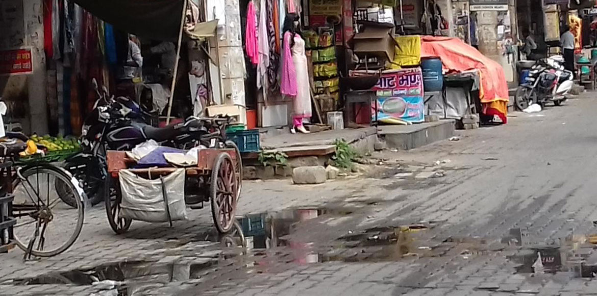 Sewer overflow at markets very common in Dwarka