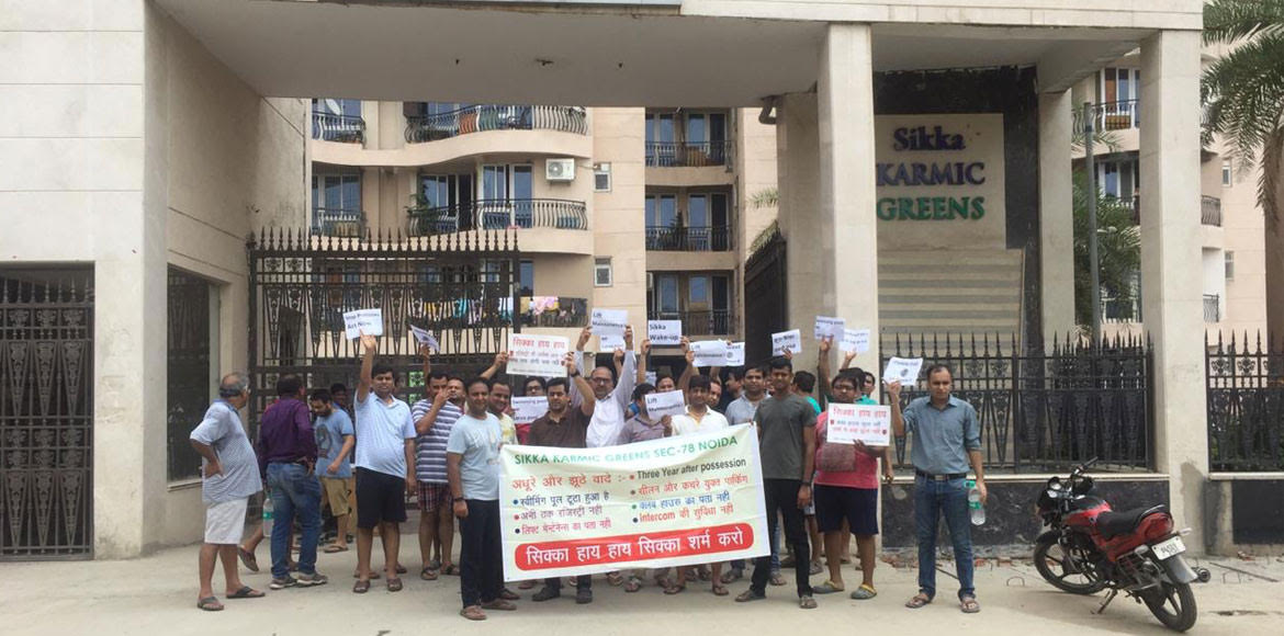 Noida: Sikka Karmic Greens residents stage protest