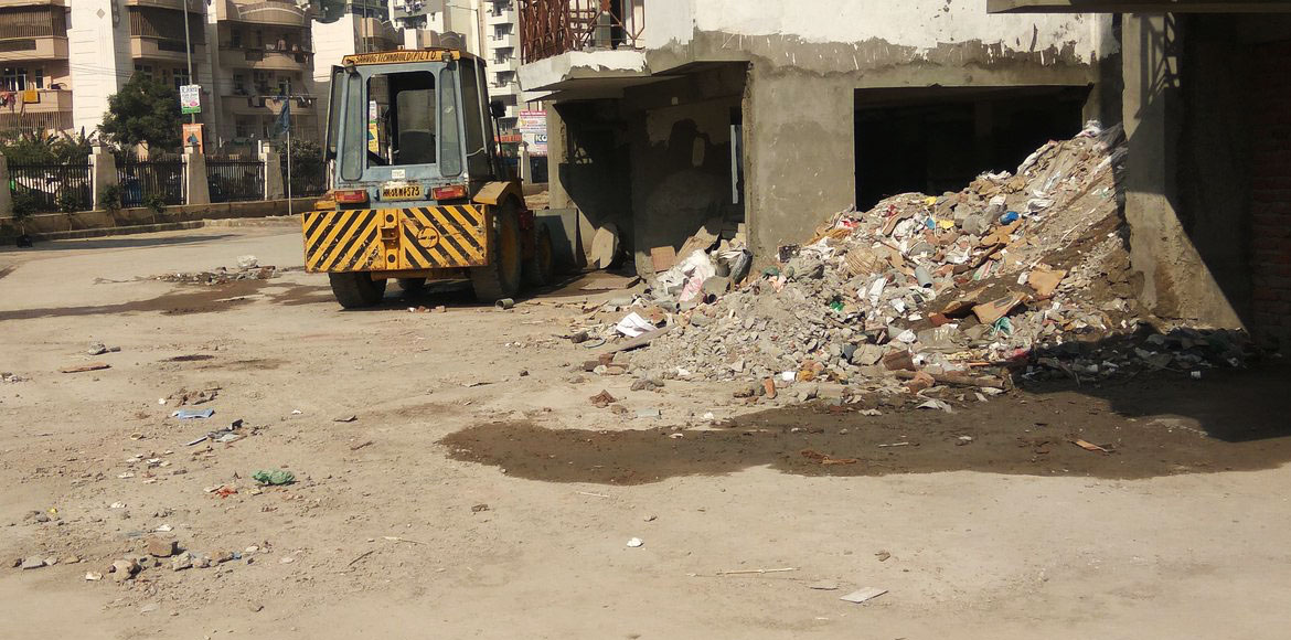 Gurugram: Are you living in an upscale society or in trash?