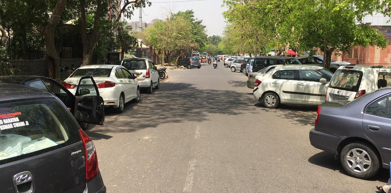 Dwarka: Haphazard parking in sector 12 become reason of concern for residents