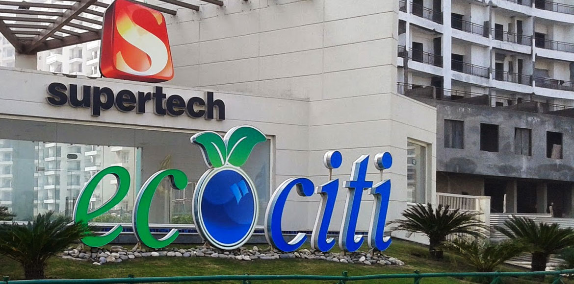 Finally Noida police visit Supertech Ecociti, hold