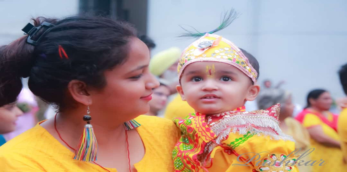 Photo Katha: Noida immerses in Janmashtmi celebration