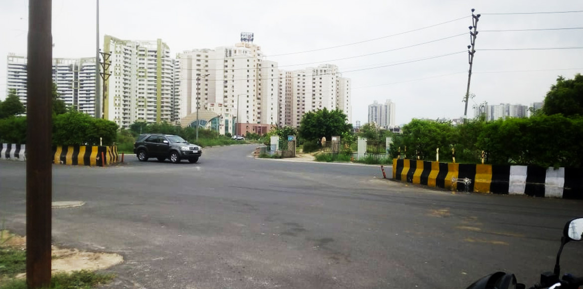 Noida accident victim urges cops to take measuring steps