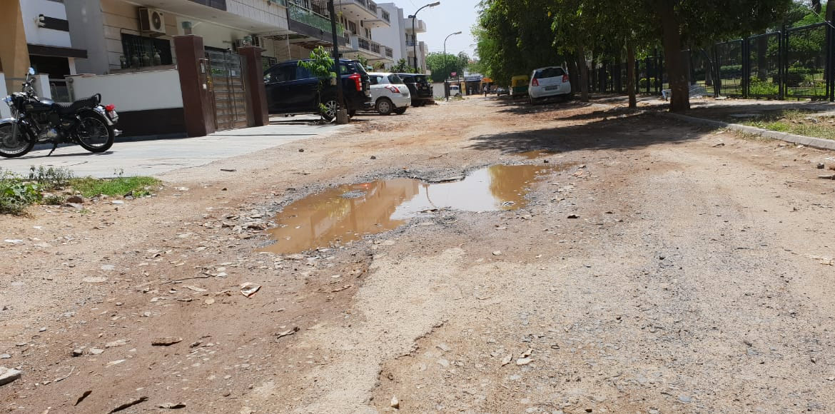 Gurugram: Poor infrastructure a worry for Ardee City residents