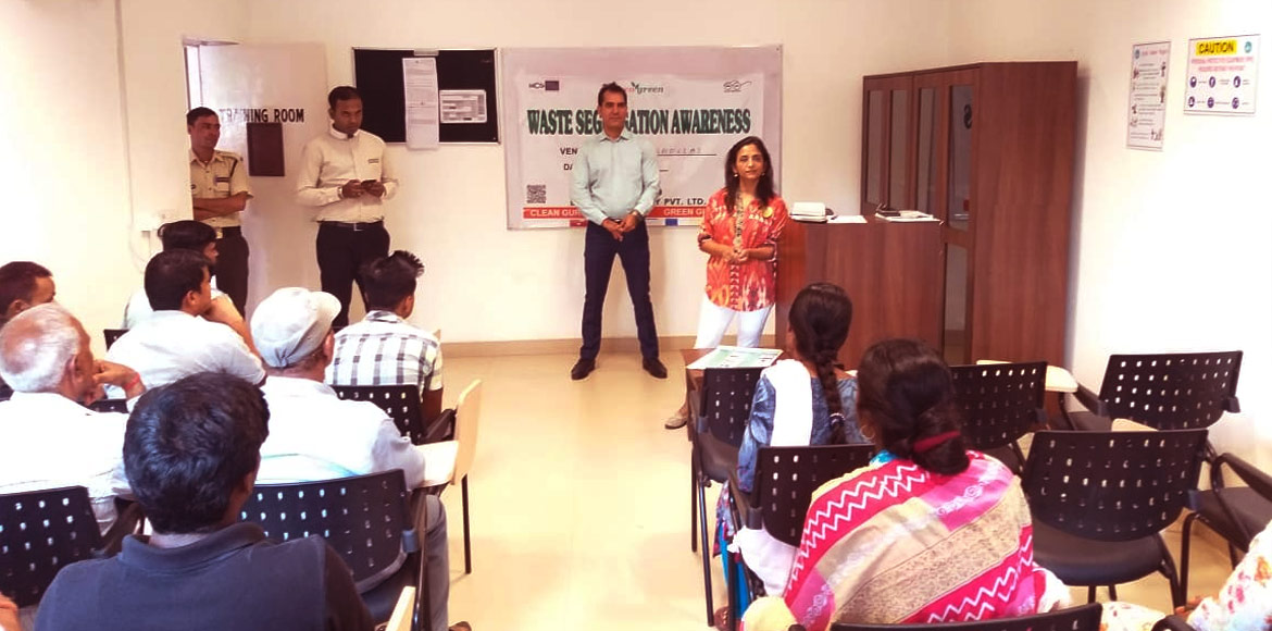 Gurugram: Four women from DLF Magnolias hold workshop on waste management