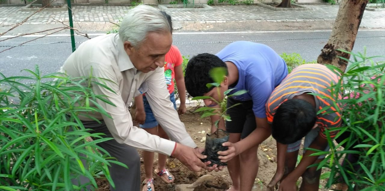 Dwarka: Community people aims for clean, green city