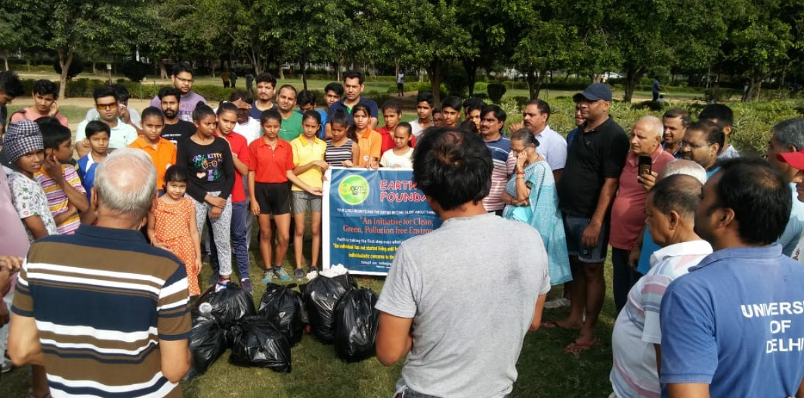 Dwarka: Earth Root Foundation carries out awareness drive against use of plastic
