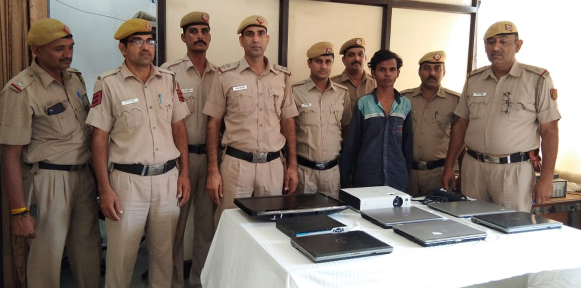 Dwarka serial theft: Police catch three of four ac