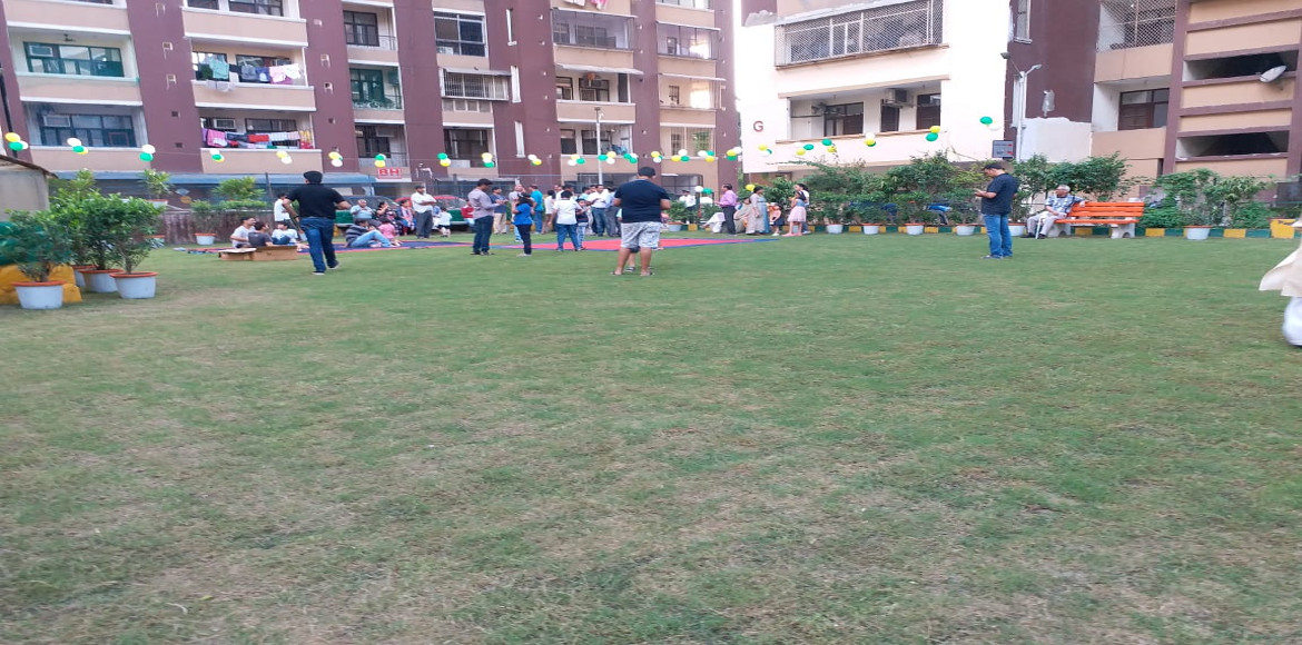 Amrapali Village residents can now breath fresh air in newly renovated park