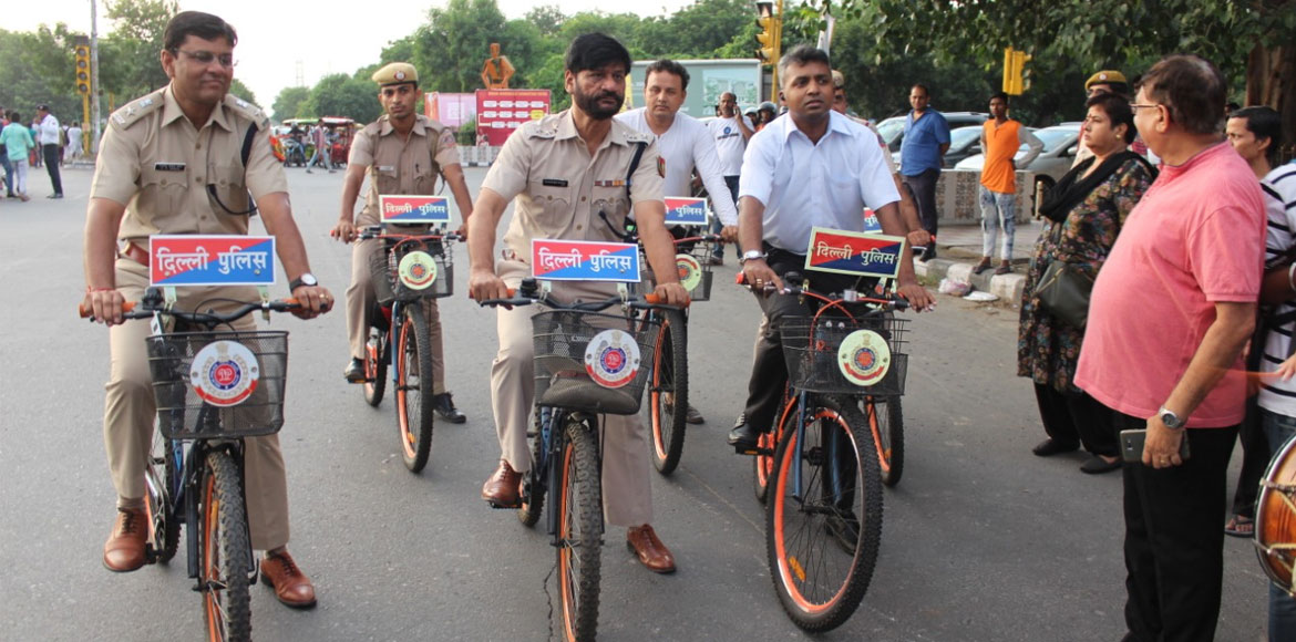 Dwarkiites observe World Car Free Day in style