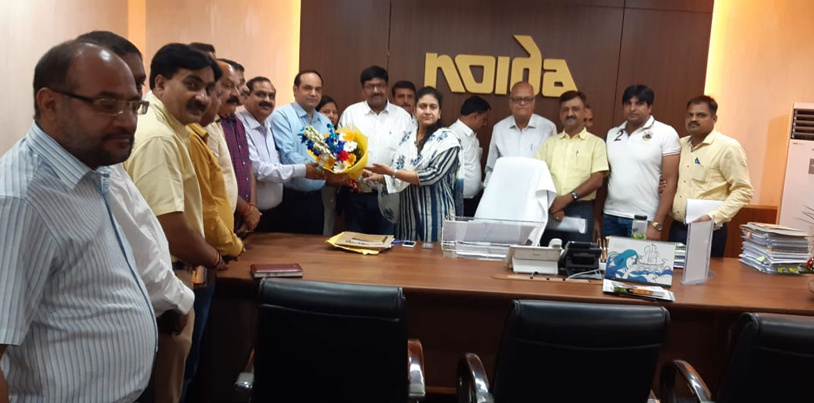 FONRWA delegation meets Noida CEO with list of demands