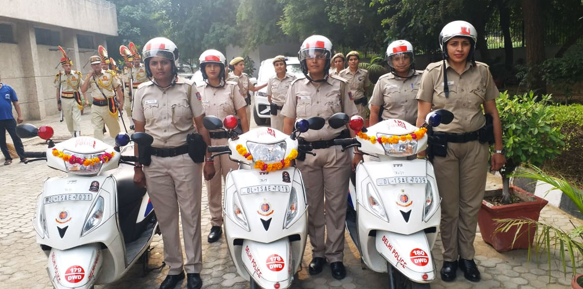 Delhi Police female squad to patrol on scooties in Dwarka