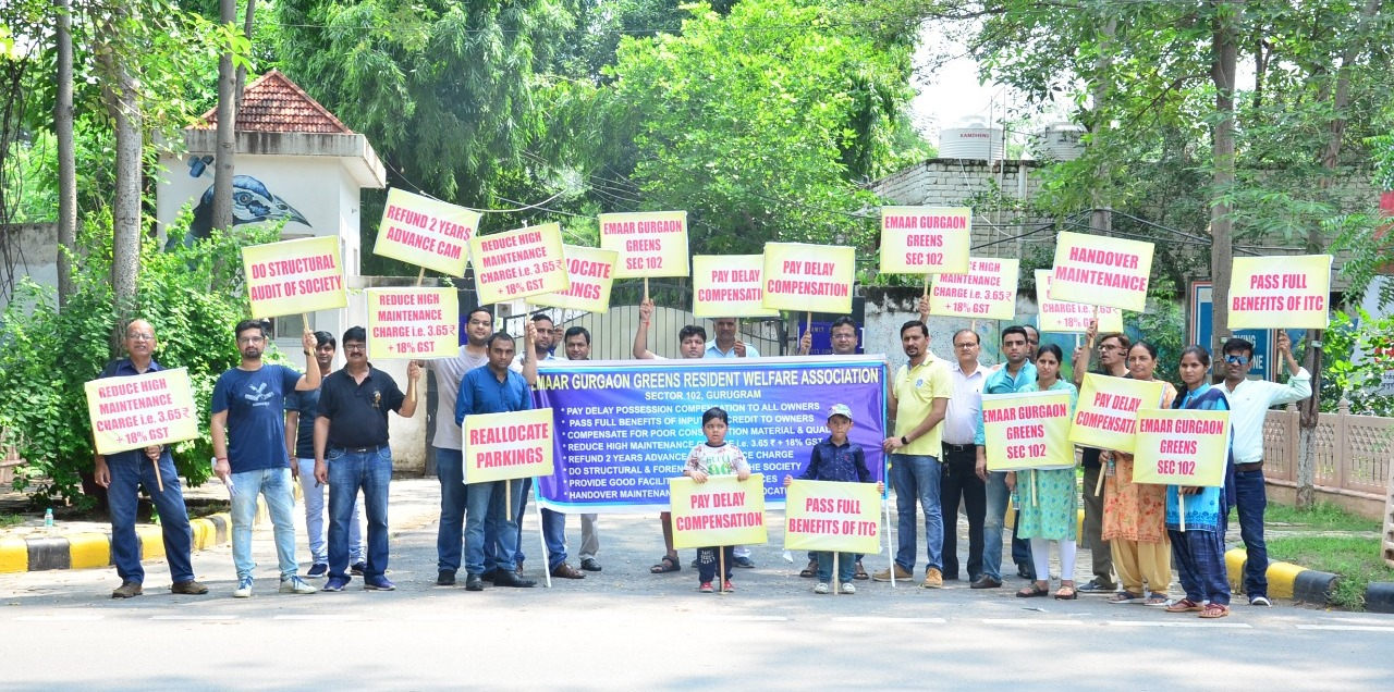 Gurugram: Emaar Greens residents protest against b