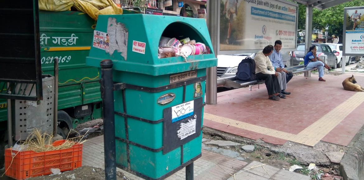 Dwarka: Filthy dustbins prompt haphazard maintenance by SDMC