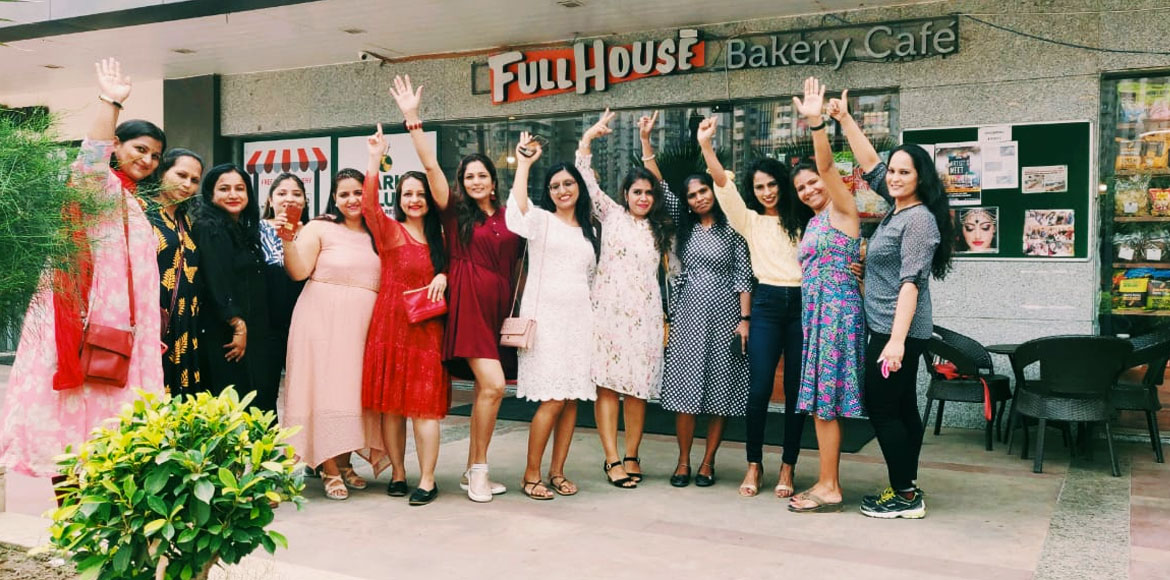 Noida: Female fitness enthusiasts celebrate annual day of 'Fabnfit' club