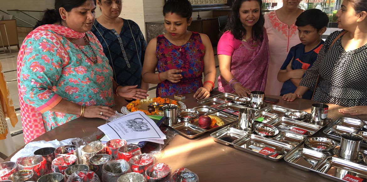 Noida: Mahagun Moderne finally gets crockery bank in society