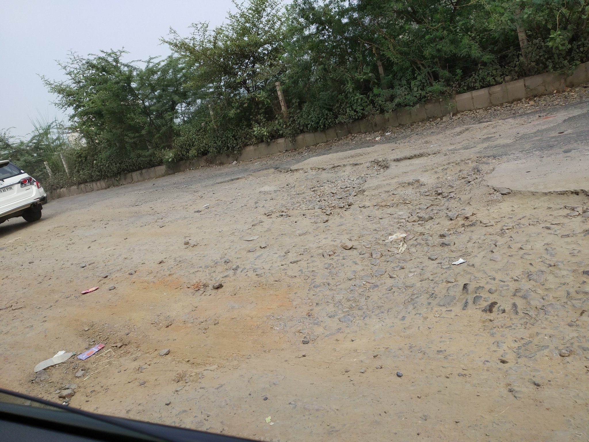 GreNo: Surajpur site C roads turn death trap, authority yet to act