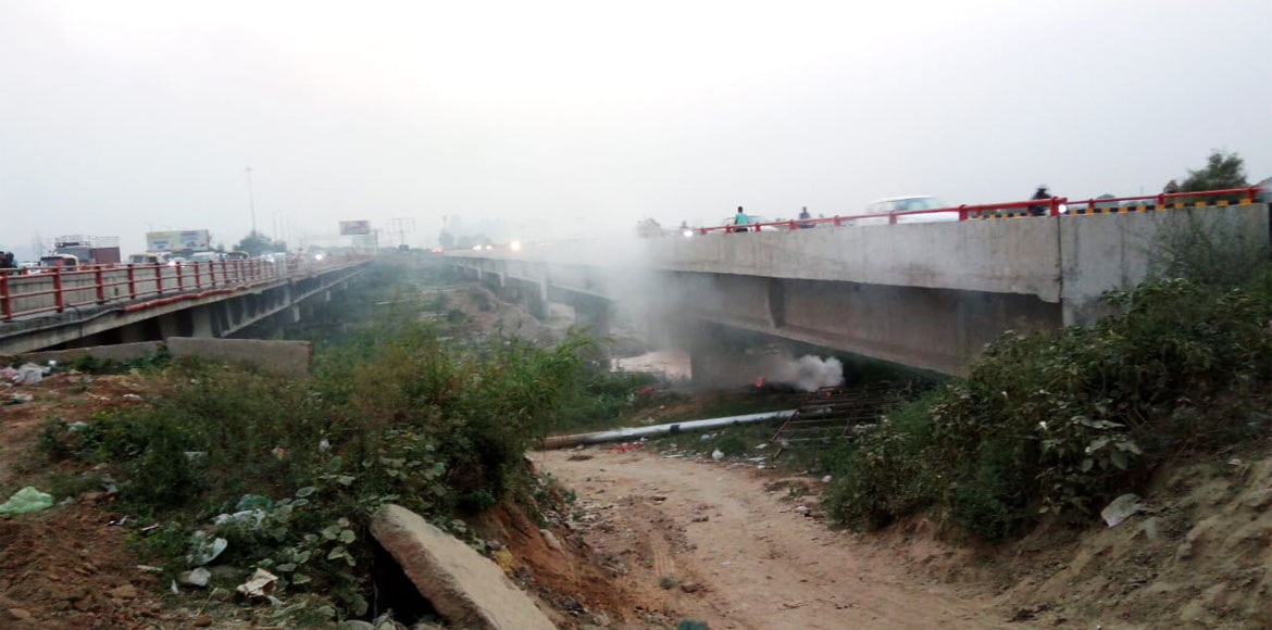 Open burning of garbage rampant in Greater Noida West