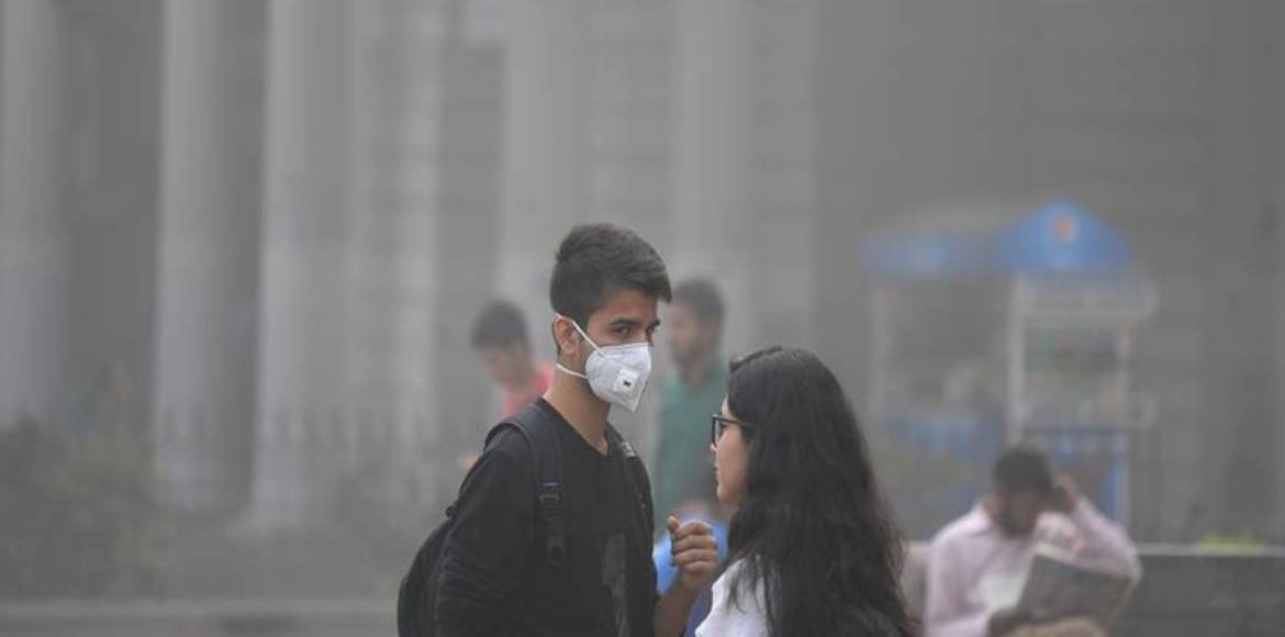 Alarmed over pollution, Delhi Govt issues advisory to schools, parents