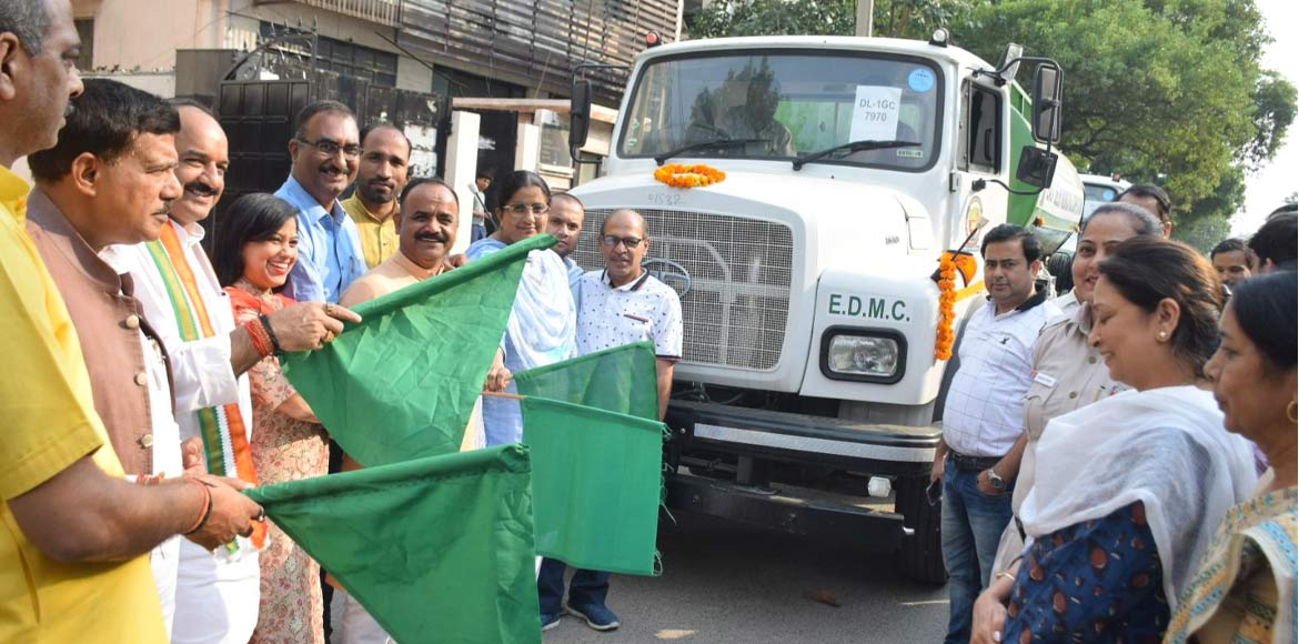 EDMC flags off two power spray tankers for Shahdara area