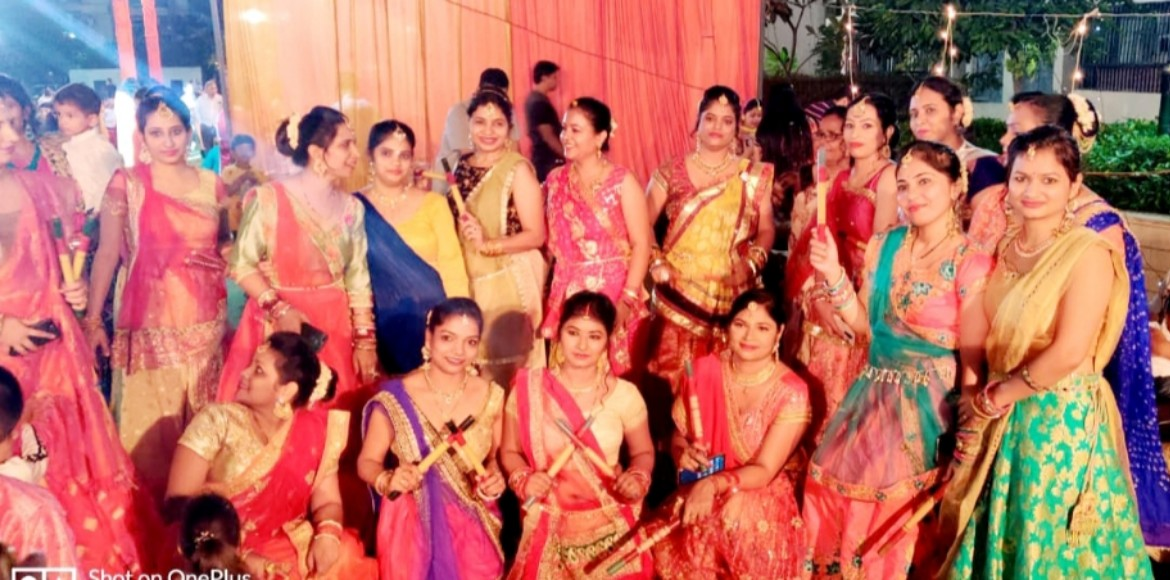 Greater Noida: Fun-filled Navratri at Gaur City 6th avenue